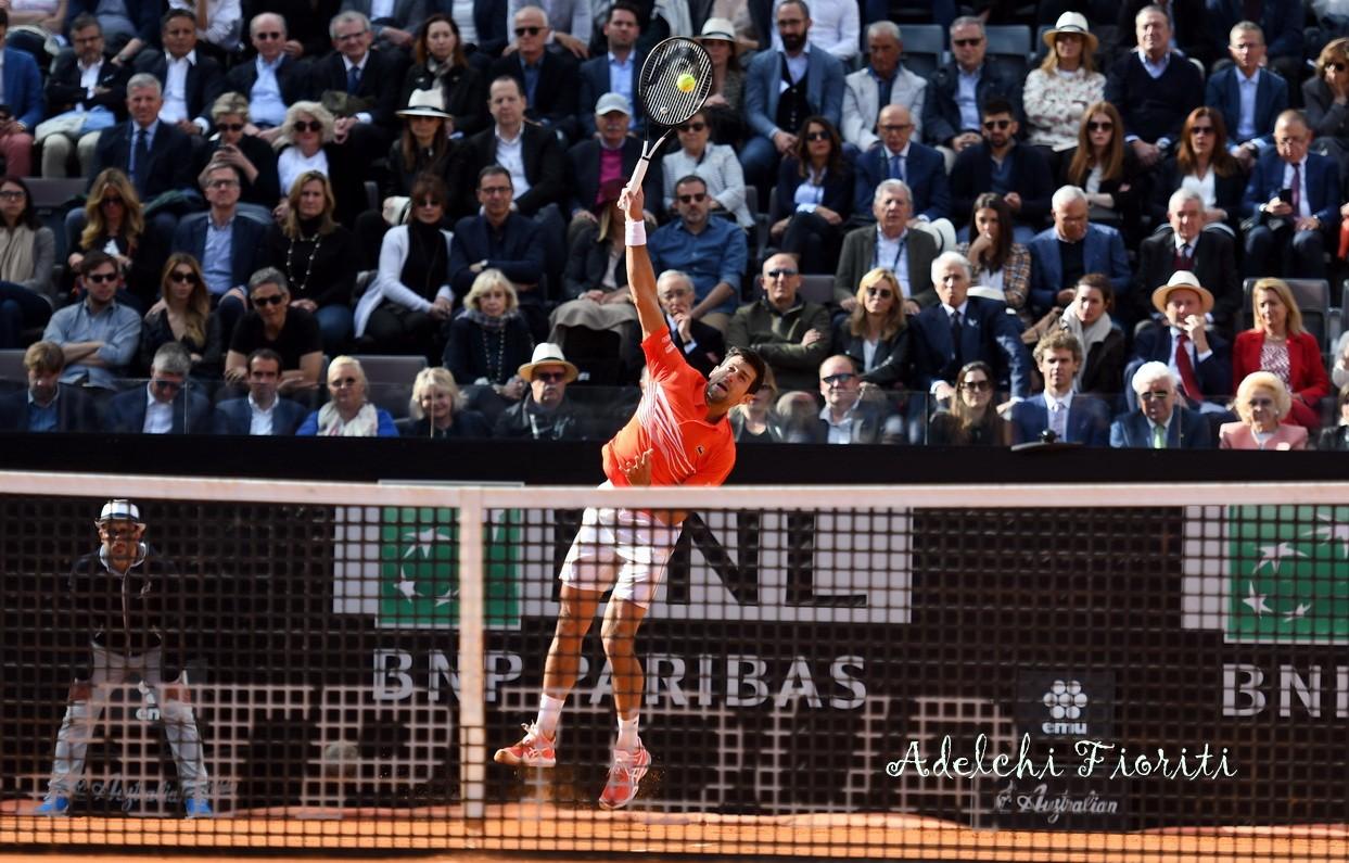 ATP-Roma-2019-Djokovic-servizio